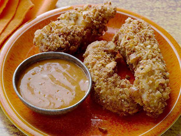 03-Pretzel Chicken Tenders with Spicy Honey Dijon Sauce