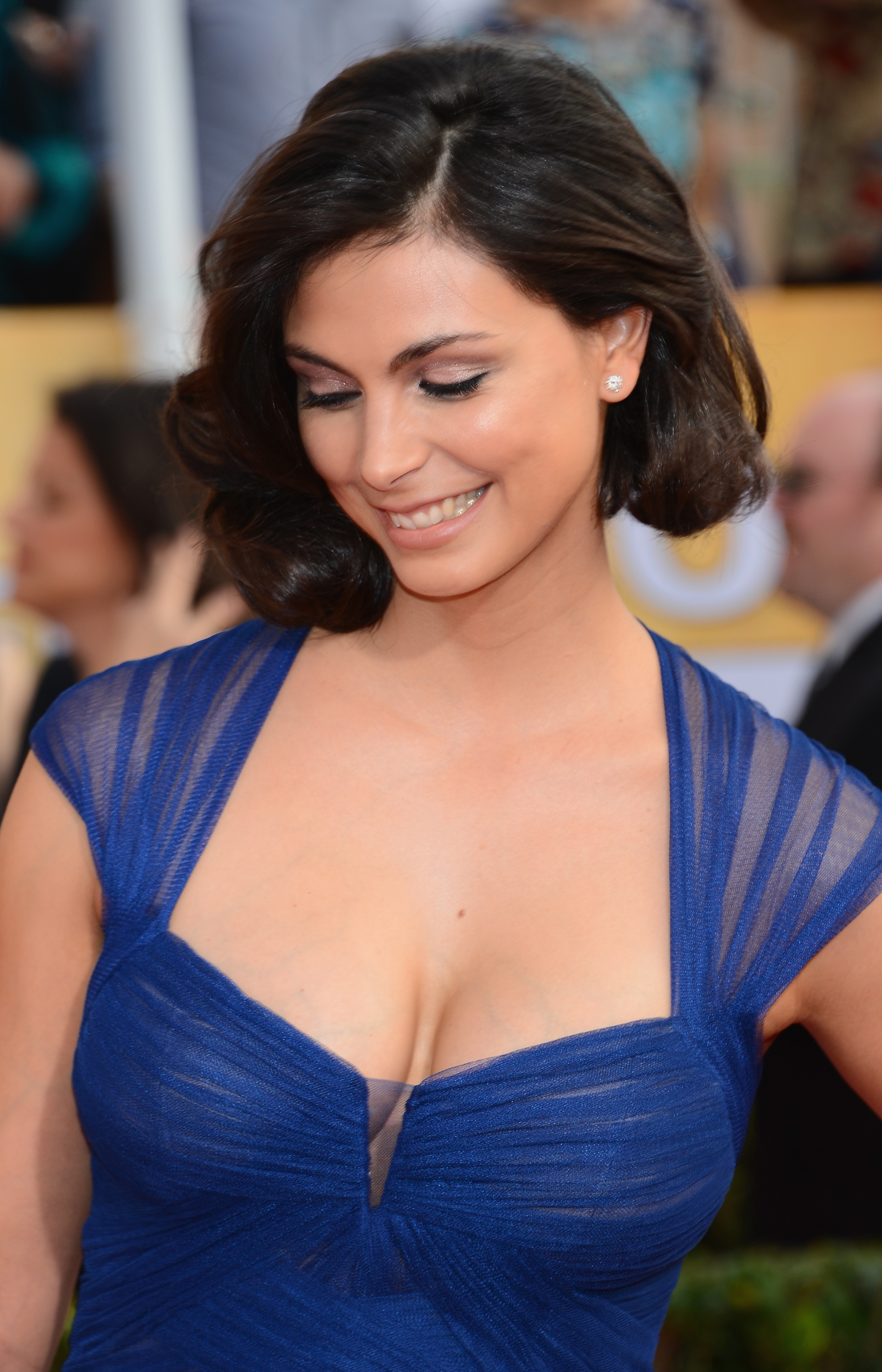 monday-cleavage-17