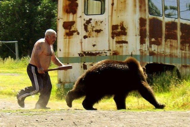 10-man-vs-bear-russia