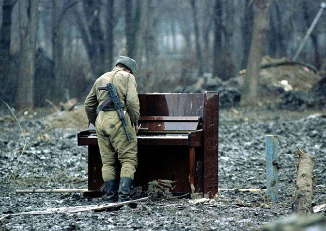 22.music-and-war