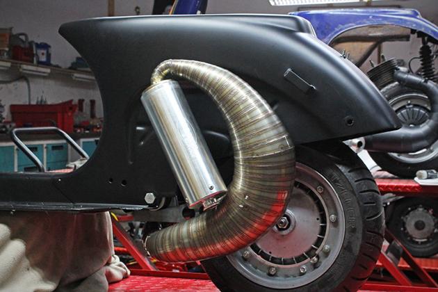 Espresso-Racer-Vespa-Scooter-7