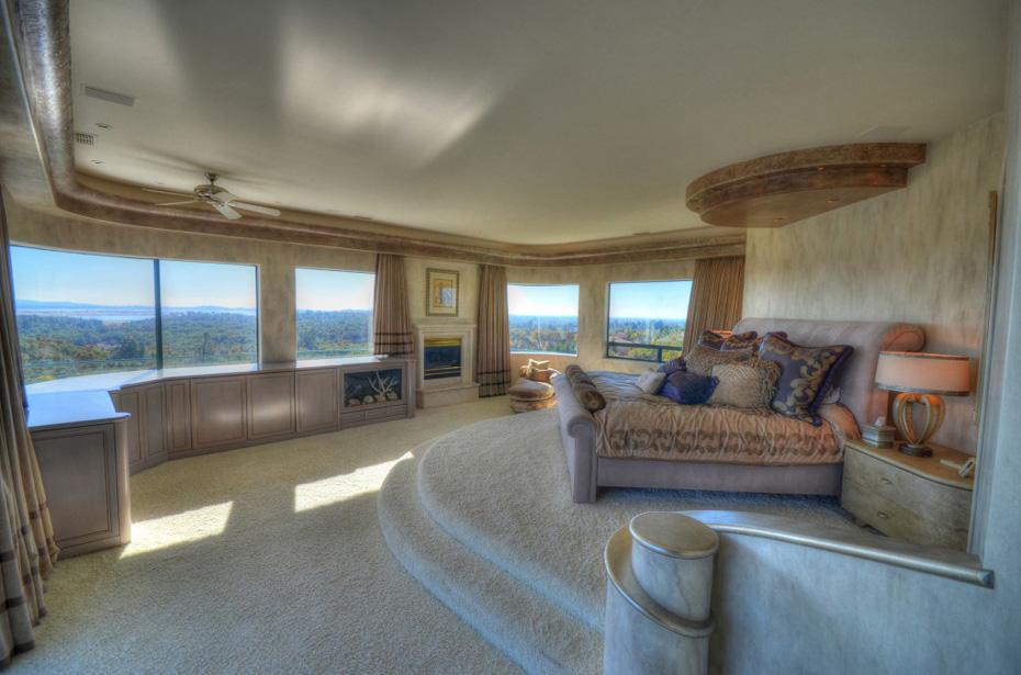 Eddie-Murphys-Granite-Bay-Mountaintop-Estate-10