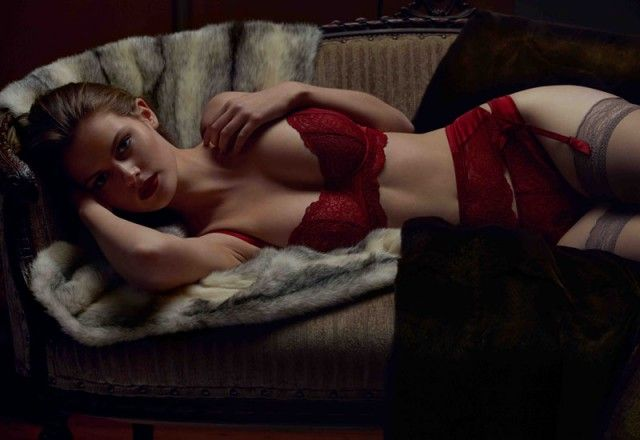 red-lingerie-sexy-11