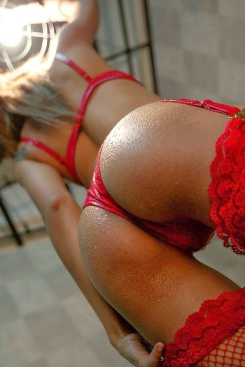 red-lingerie-sexy-3