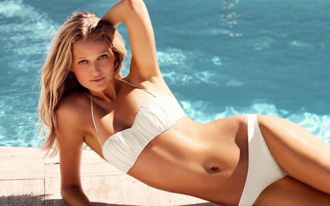 toni-garrn-sexy-pictures-1