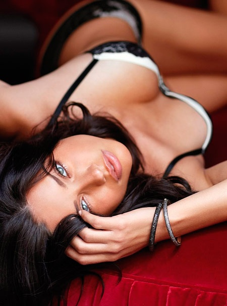 adriana-lima-hottest-pictures-14