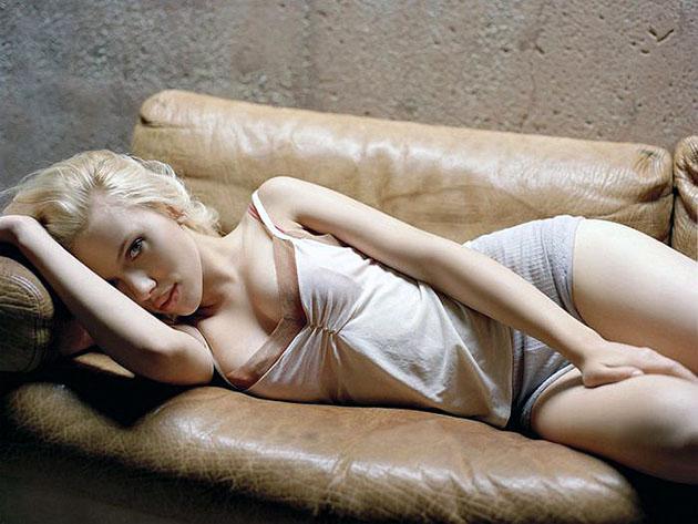 scarlett-johansson-sexy-photos-20
