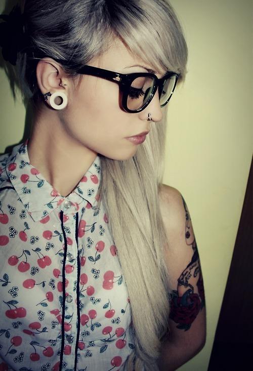 sexy-girls-glasses-2