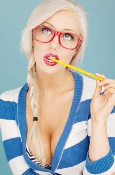 sexy-girls-glasses-8