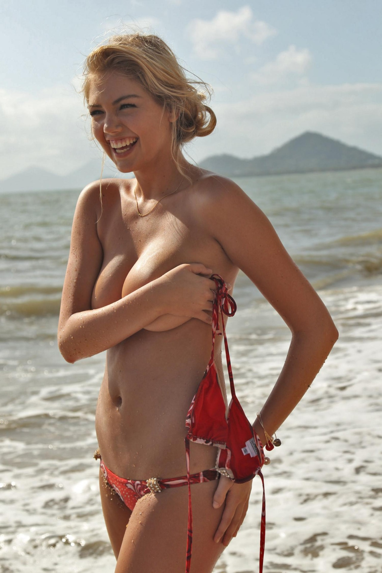 Check Out The Sexiest Woman Alive: Kate Upton (17 Photos ...