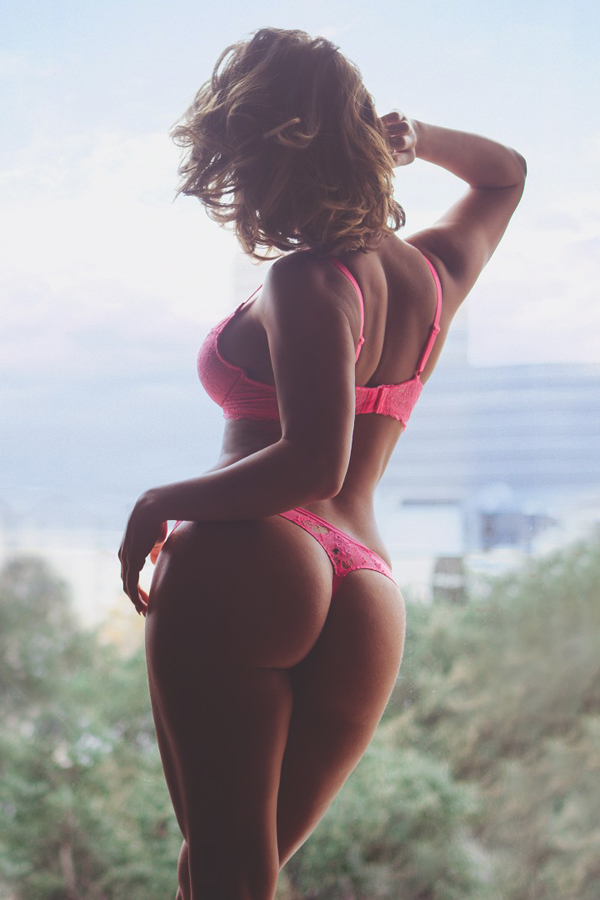 hump-day-babes-4