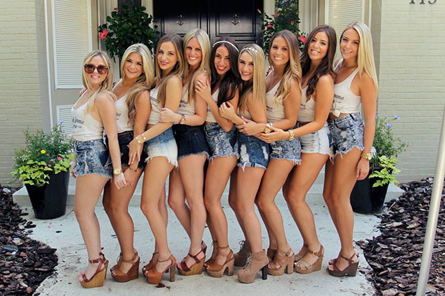 hot-college-girls-13