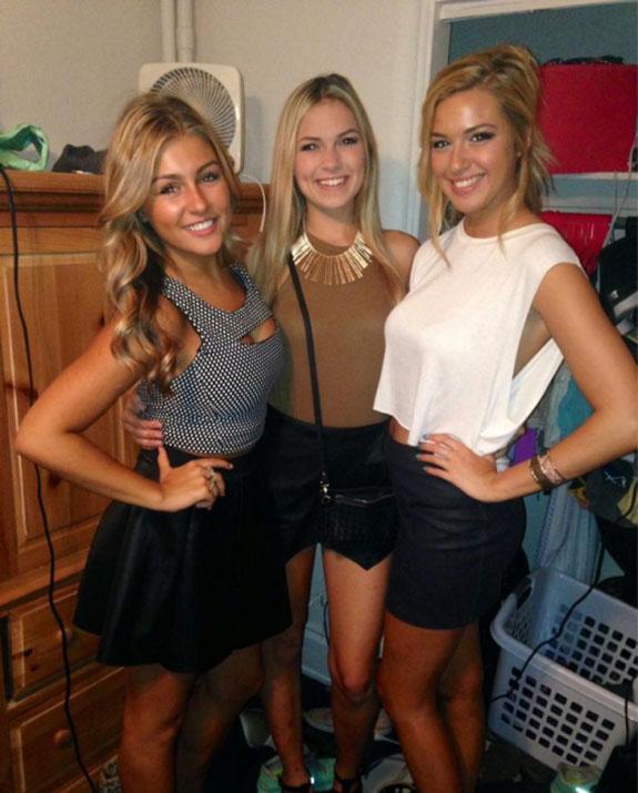 hot-college-girls-14