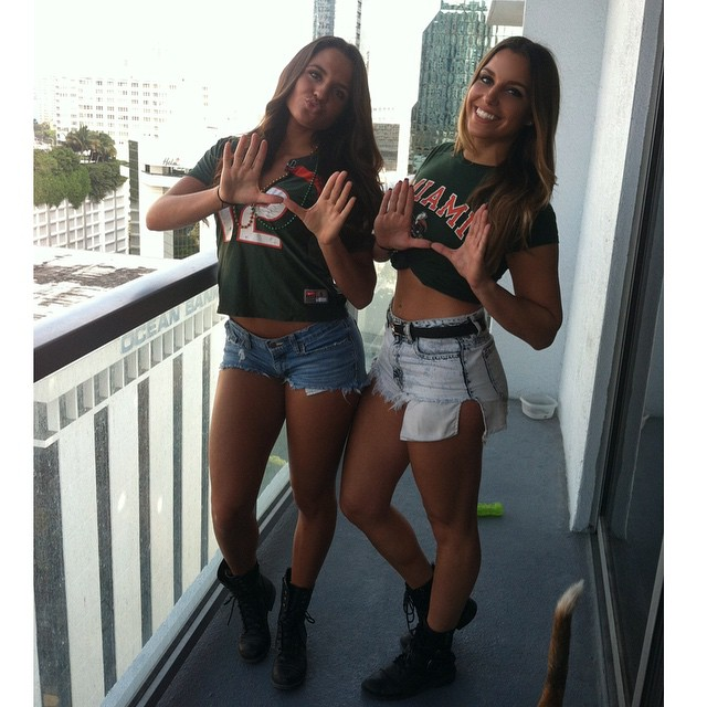 hot-college-girls-32