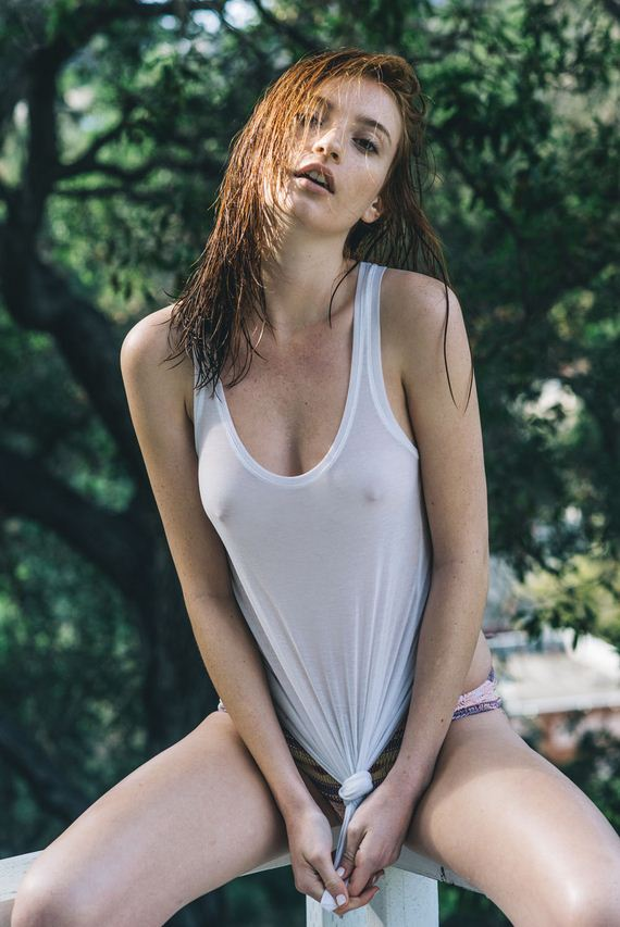 hot-college-babes-10