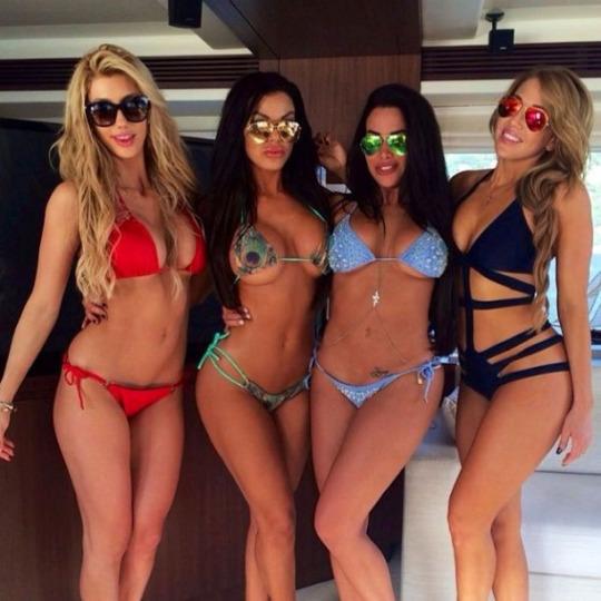 bikini-summer-babes-1