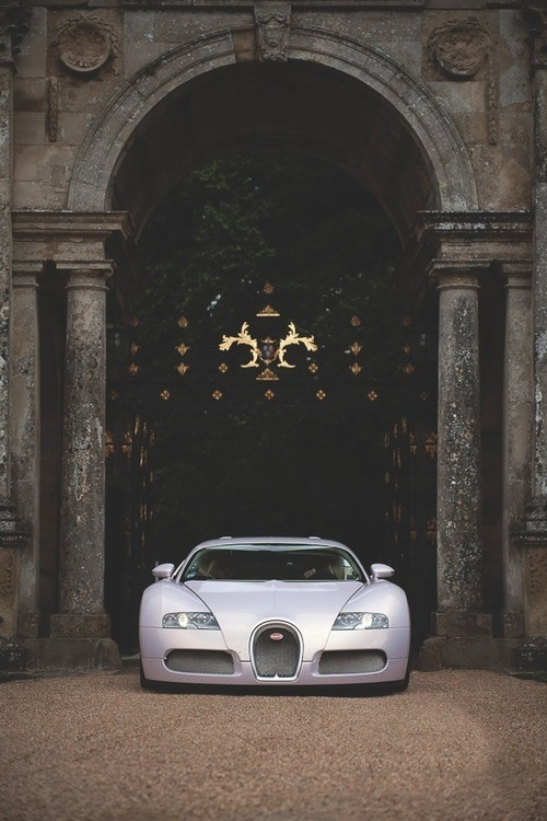 car-porn-bugatti-veyron-32