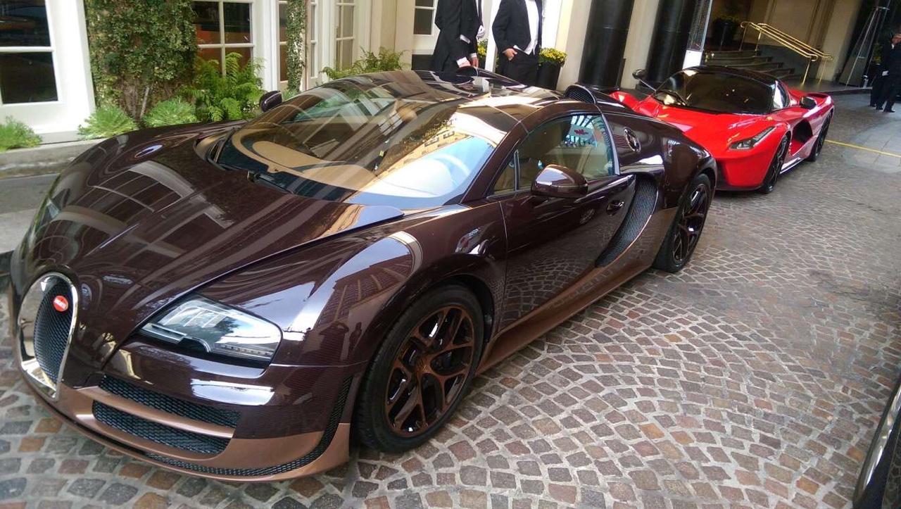car-porn-bugatti-veyron-9