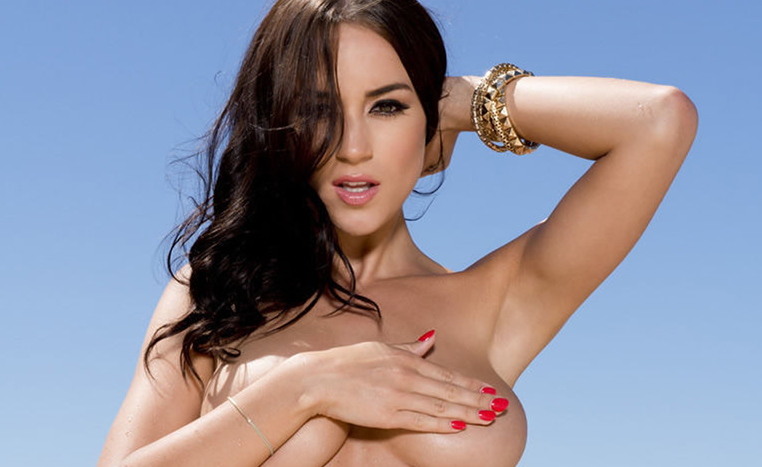 rosie-jones-topless
