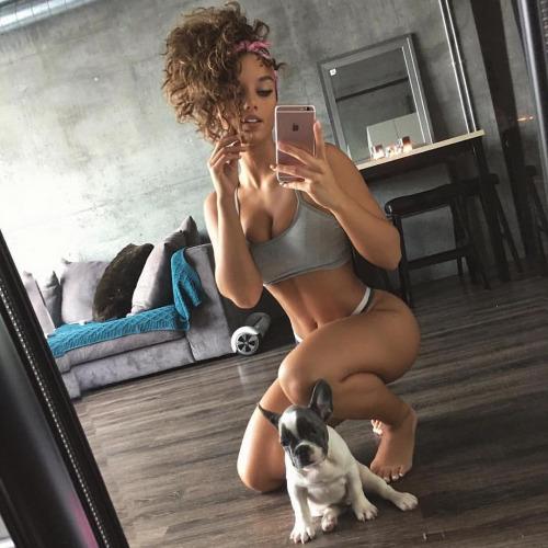 sexy-babe-selfie-24