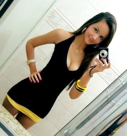 sexy-babe-selfie-26