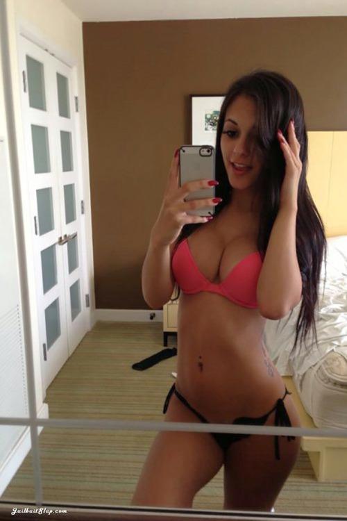 sexy-babe-selfie-8