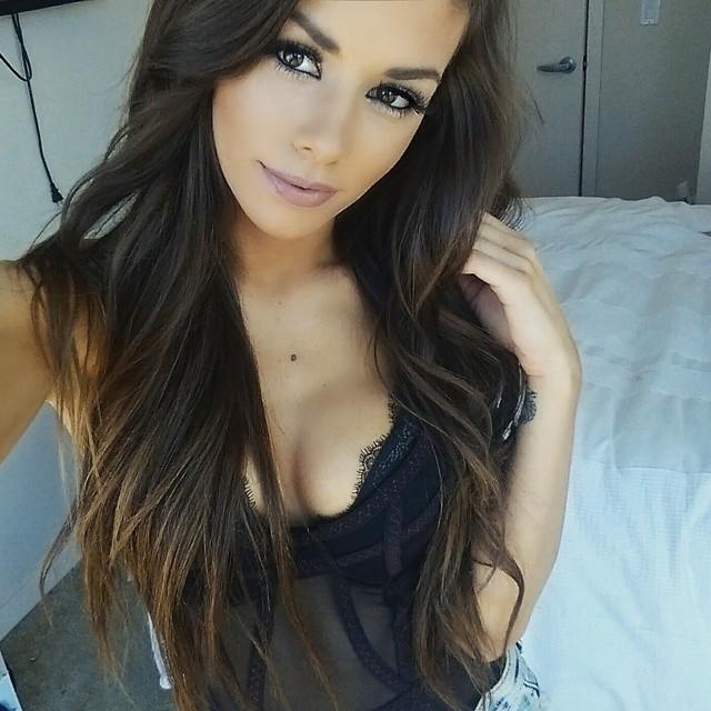 sexy-babe-selfie-9
