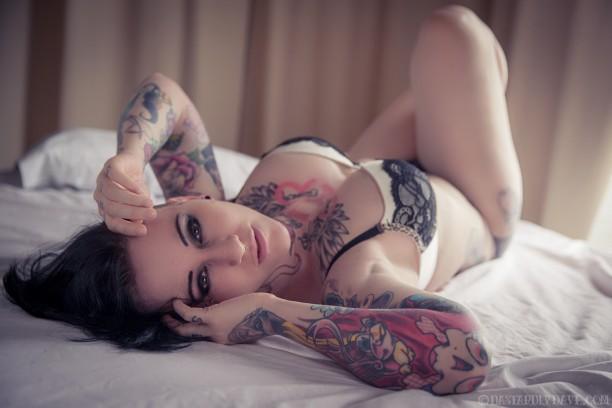 sexy-tattooed-babes-2